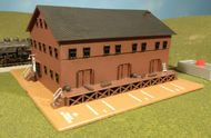 Bachmann  N Freight Station w/Steam Whistle Built-Up (D)<!-- _Disc_ --> BAC46902