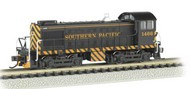 Bachmann  N Alco S4 Diesel Locomotive DCC Equipped NYC System P&LE #8662- Net Pricing BAC63153