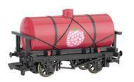 Bachmann  HO Thomas & Friends Raspberry Syrup Tanker Car BAC77033
