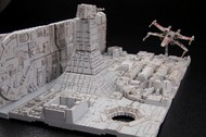 Bandai  1/144 Star Wars A New Hope: Death Star Attack Set (cut-away trench section & X-Wing Starfighter) BAN230343