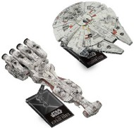 Bandai  1/350 Star Wars A New Hope: 1/1000 Blockade Runner & 1/350 Millennium Falcon (2 Kits) BAN5055363