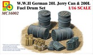 CLASSY HOBBY  1/16 WWII German 20L Jerry Can & 200L Fuel Drum Set CSY16002