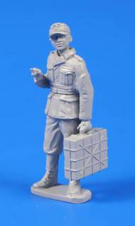 German WWII Soldier with Grenade Case #CMKF48302