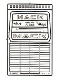 Detail Master Accessories  1/24-1/25 Mack R600/R700 Truck Grille DTM2562