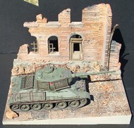 """Dioramas Plus  1/35 Italian Street Ruined Building Front w/Inclined Base (8""""x10.5"""") DPL19"""