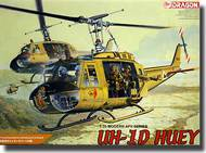 "DML/Dragon Models  1/35 UH-1D Helicopter ""Huey"" w/ Four Crewman DML3538"