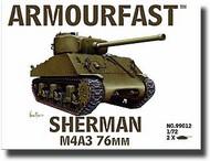 Hat Industries  1/72 Sherman M4A3 Tank w/76mm Gun HAT99012