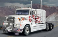 Italeri  1/24 Freightliner FLD 120 Special Tractor Cab ITA3925