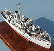 L Arsenal Models  1/400 Flower class corvette late type bridge 6 batiments . NOW BEING CLEARED!! SAVE 1/3RD!!! KC40003