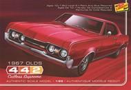 Lindberg  1/25 1967 Oldsmobile 442 Cutlass Supreme Car LND127