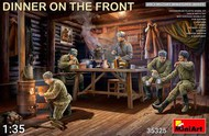 Dinner on the Front: Soviet Soldiers (5) w/Furniture & Accessories #MNA35325