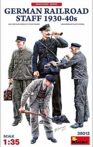 German Railroad Staff 1930-30s (4) #MNA38012