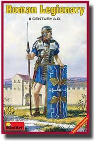 MiniArt Models  1/16 Roman Legionary. II Century A.D. MNA16007