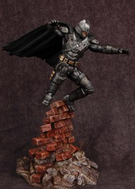 Moebius  1/8 Batman vs Superman Dawn of Justice: Armored Batman (Resin) MOE1013