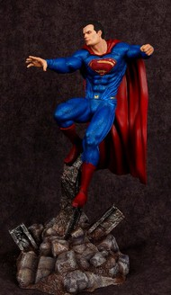 Moebius  1/8 Batman vs Superman Dawn of Justice: Superman (Resin) MOE1014