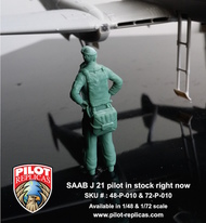 Pilot Replicas Models  1/48 SAAB J-21A3 pilot, Standing (designed to be used with Pilot Replicas kits) (or maybe Planet Models PLA26448 FFVS kits) 48P010