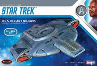 Polar Lights  1/1000 Star Trek USS Defiant PLL952