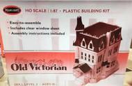 Polar Lights  1/87 Old Victorian House PLL969
