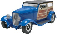 Revell USA  1/25 1932 Ford Dan Fink's Metalworks Speedwagon (D)<!-- _Disc_ --> RMX4373