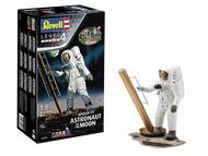 Apollo 11 Astronaut on the Moon (50th Anniversary of the Moon Landing) #RVL3702