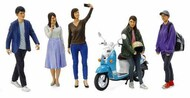 Tamiya  1/24 Campus Friends Set II (5 figures & scooter) - Pre-Order Item TAM24356