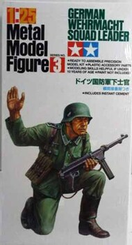 Tamiya  1/25 Collection - PLASTIC: German Wehrmacht Squad Leader TAMPF0003