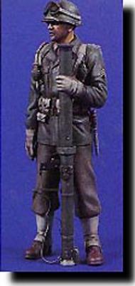 Verlinden Productions  120mm US Bazooka Gunner WW II VPI0885