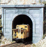 Woodland Scenic  N Concrete Single Tunnel Portal (2) WOO1152