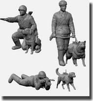 Zvezda Models  1/35 Soviet Tank Hunters w/Dogs WWII New Tooling  ZVE3611