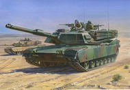 Zvezda Models  1/100 M1A1 Abrams MTB (Snap) ZVE7405