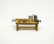 Copper State Models  1/32 Work bench with vice (no other tools) CSMAE32-004
