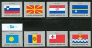 UNNY 795-802  34c Flags singles Mint NH ny795sgl