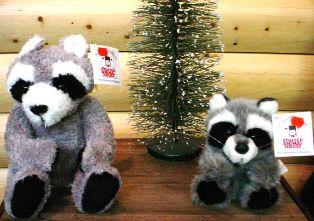 Stuffed Animal House Floppy Raccoon #tb05ftra03a