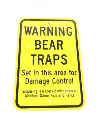 Bear Trap Warning Metal Sign #000BTWS