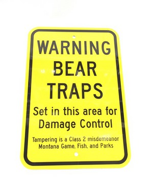 Bear Trap Warning Metal Sign 000BTWS