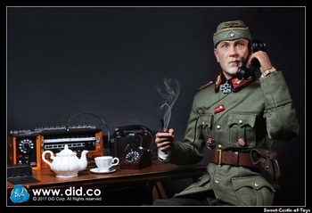 """DID 1/6 Scale 12"""" WWII German Communications 2 WH Major General Drud D80123 #D80123"""