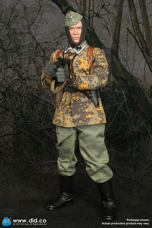 "DID 1/6 WWII German Waffen Grenadier Division 12"" Radio Operator Matthias Action Figure D80143 D80143"